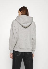 Gestuz - RUBI HOODIE - Sweatshirt - light grey melange - 2