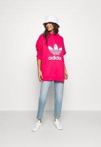 adidas Originals - TREFOIL HOODIE ADICOLOR HOODED - Hoodie - powpink/white - 1