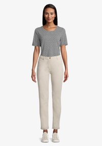 Betty Barclay - PERFECT BODY - Trousers - beige - 1