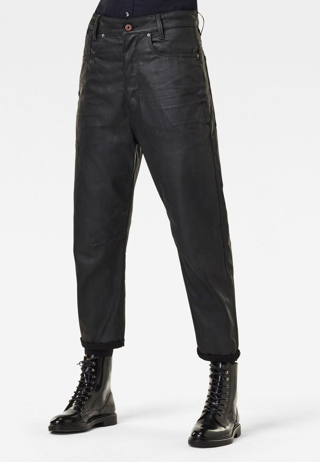 C-STAQ  BOYFRIEND CROP WMN - Jeansy Relaxed Fit - waxed black cobler