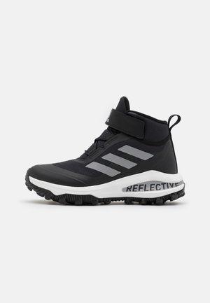 FORTARUN ATR UNISEX - Chaussures de marche - core black/silver metallic/footwear white