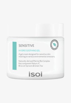 SENSITIVE SKIN HYDRO SOOTHING GEL - Face cream - -