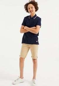 WE Fashion - Shorts - beige - 0