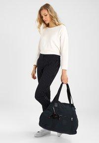 Kipling - ART M - Shopping Bag - true navy - 1