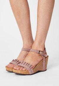 Copenhagen Shoes - SUNDAY MORNING - Platform sandals - rose - 0