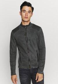 Tigha - TOMAS - Denim jacket - vinatge black - 0