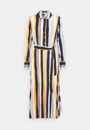 JASMINE PLEATED DRESS - Košilové šaty - colourful