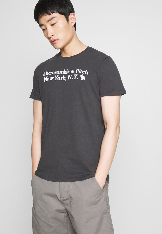 CORE HERITAGE LOGO - T-shirt con stampa - black