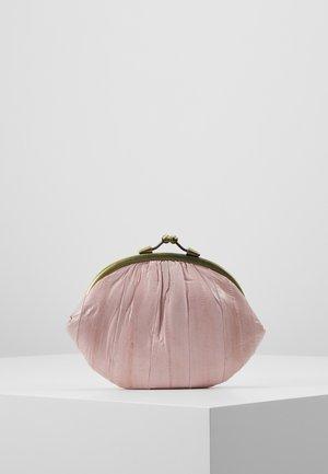 GRANNY - Wallet - light pink