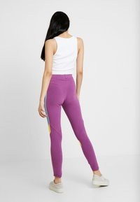 adidas Originals - TIGHTS - Leggings - rich mauve - 2