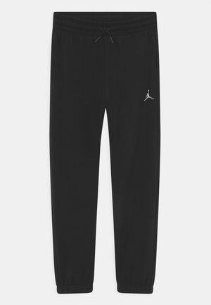 ESSENTIALS - Pantalones deportivos - black