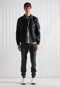 Superdry - Bomber Jacket - black - 0