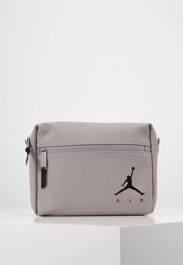 MERGE CROSSBODY - Marsupio - atmosphere grey
