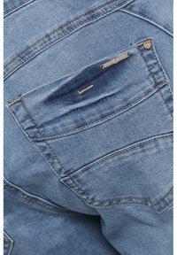 Cream - CRHOLLY - Slim fit jeans - light blue denim - 7