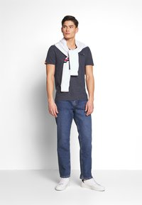 Superdry - T-shirt basique - abyss navy feeder - 1