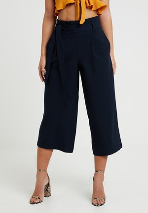 ONLNICOLE ELASTIC PAPERBACK CULOTTE - Trousers - night sky