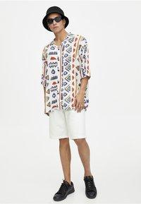 PULL&BEAR - Shirt - white - 1