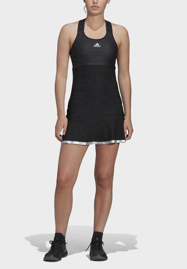 GLAM ON TENNIS Y-DRESS - Sukienka sportowa - black