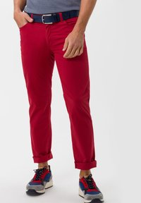 BRAX - STYLE CADIZ - Slim fit jeans - cherry - 0