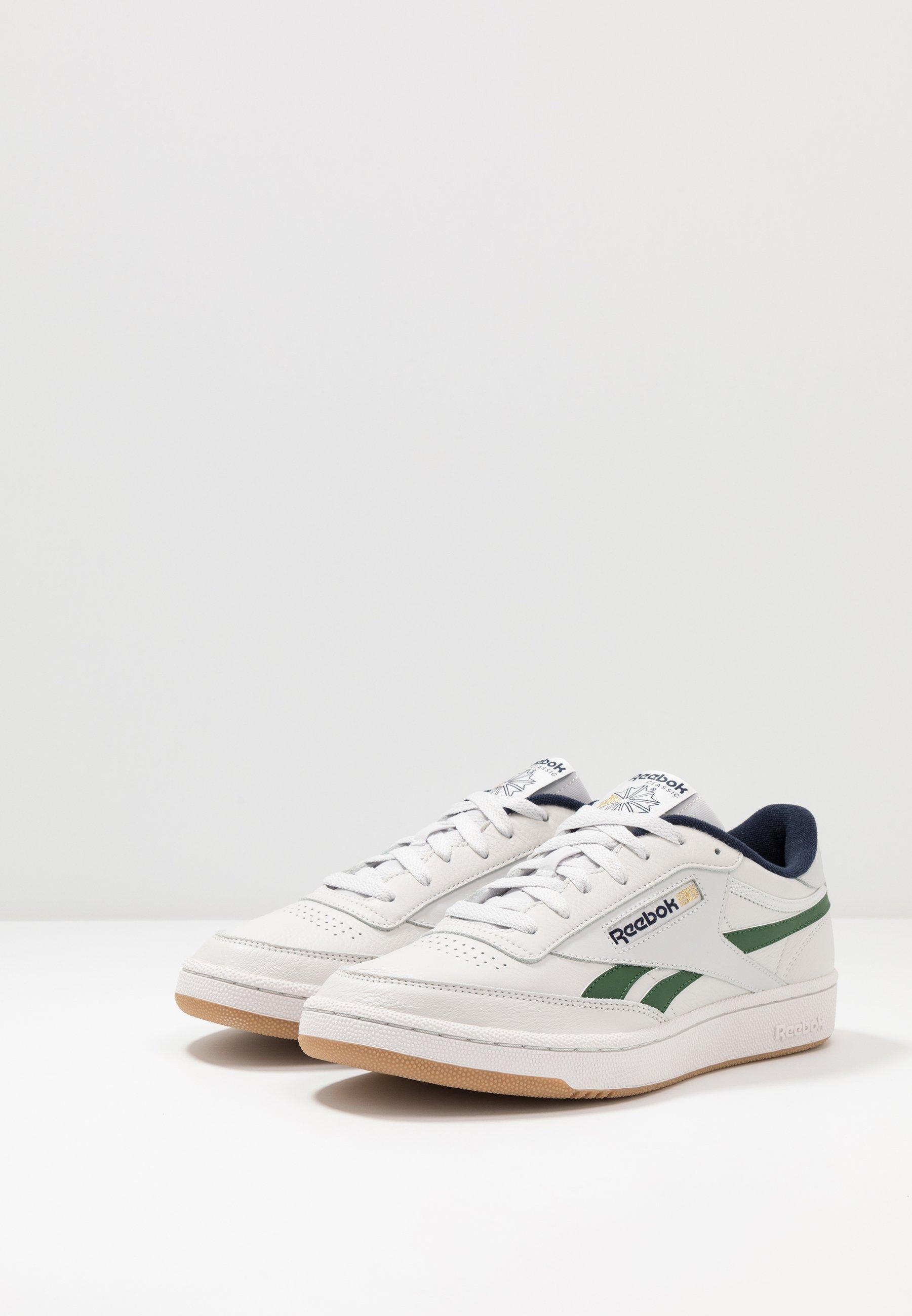 Reebok Classic CLUB REVENGE - Sneaker low - porcelain/utility green/vector navy/weiß - Herrenschuhe 25RUX