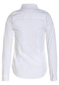 Tommy Hilfiger - GIRLS - Skjortebluser - bright white - 1