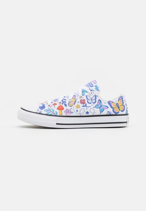 CHUCK TAYLOR ALL STAR BUTTERFLY FUN  - Sneakers laag - white/black