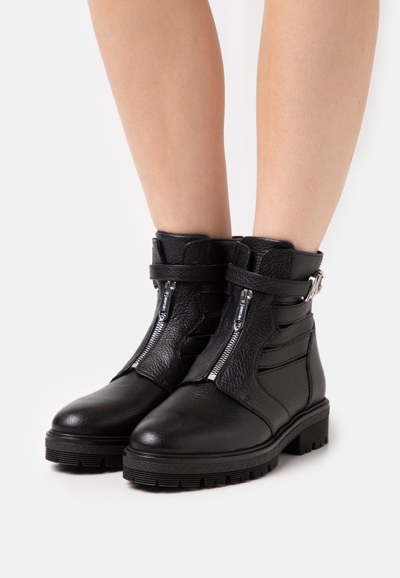 Marc Cain - Lace-up ankle boots - black