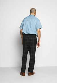 Only & Sons - ONSLINUS LONG CHECK - Pantalones - black - 2