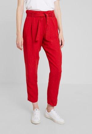 Spodnie materiałowe - chili red