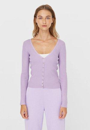 MIT KNÖPFEN - Cardigan - purple