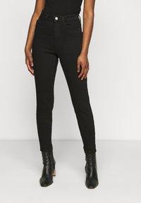 Pieces Petite - PCKAMELIA ANKLE - Jeans Skinny Fit - black - 0