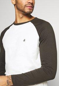 Burton Menswear London - LONG SLEEVE RAGLAN 2 PACK - Long sleeved top - grey marl - 5