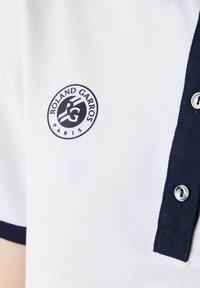 Lacoste Sport - Polo shirt - weiß navy blau - 3