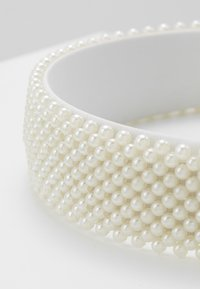 Pieces - Hair Styling Accessory - bright white - 4