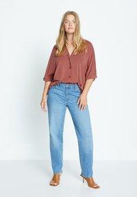 Violeta by Mango - CUPER - Button-down blouse - granatrot - 1