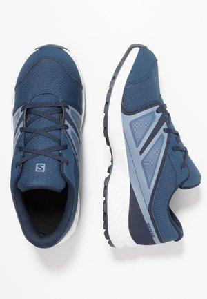 SENSE CSWP - Trail running shoes - sargasso sea/navy blazer/flint