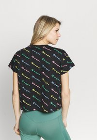 Champion - CREWNECK  - Camiseta estampada - multi-coloured - 2