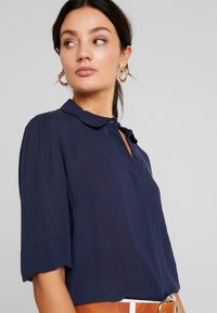 Another-Label - RONSIN - Button-down blouse - black iris - 4