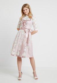 Country Line - Dirndl - rose creme - 2