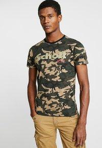 Schott - LOGO 2 PACK - Print T-shirt - camo/black - 1