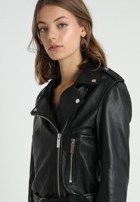 Oakwood - SHOW - Veste en cuir - black - 3