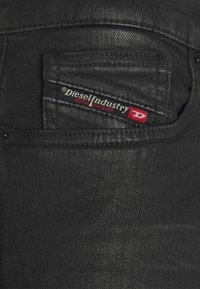 Diesel - D-AMNY-Y - Slim fit jeans - 009ID - 6