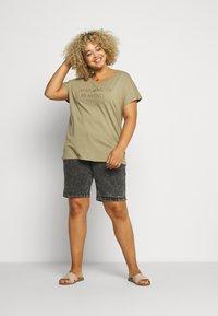 Zizzi - JALBA HIGH WAIST - Denim shorts - grey denim - 1