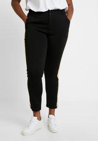 Kaffe Curve - KIA 7/8 PANTS - Trousers - black deep - 0