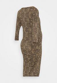 Supermom - DRESS ANIMAL - Žerzejové šaty - brown - 1