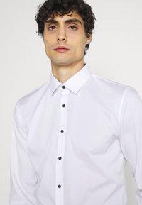 OLYMP No. Six - Formal shirt - weiss - 3