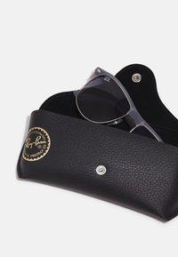 Ray-Ban - Sunglasses - opal grey - 2