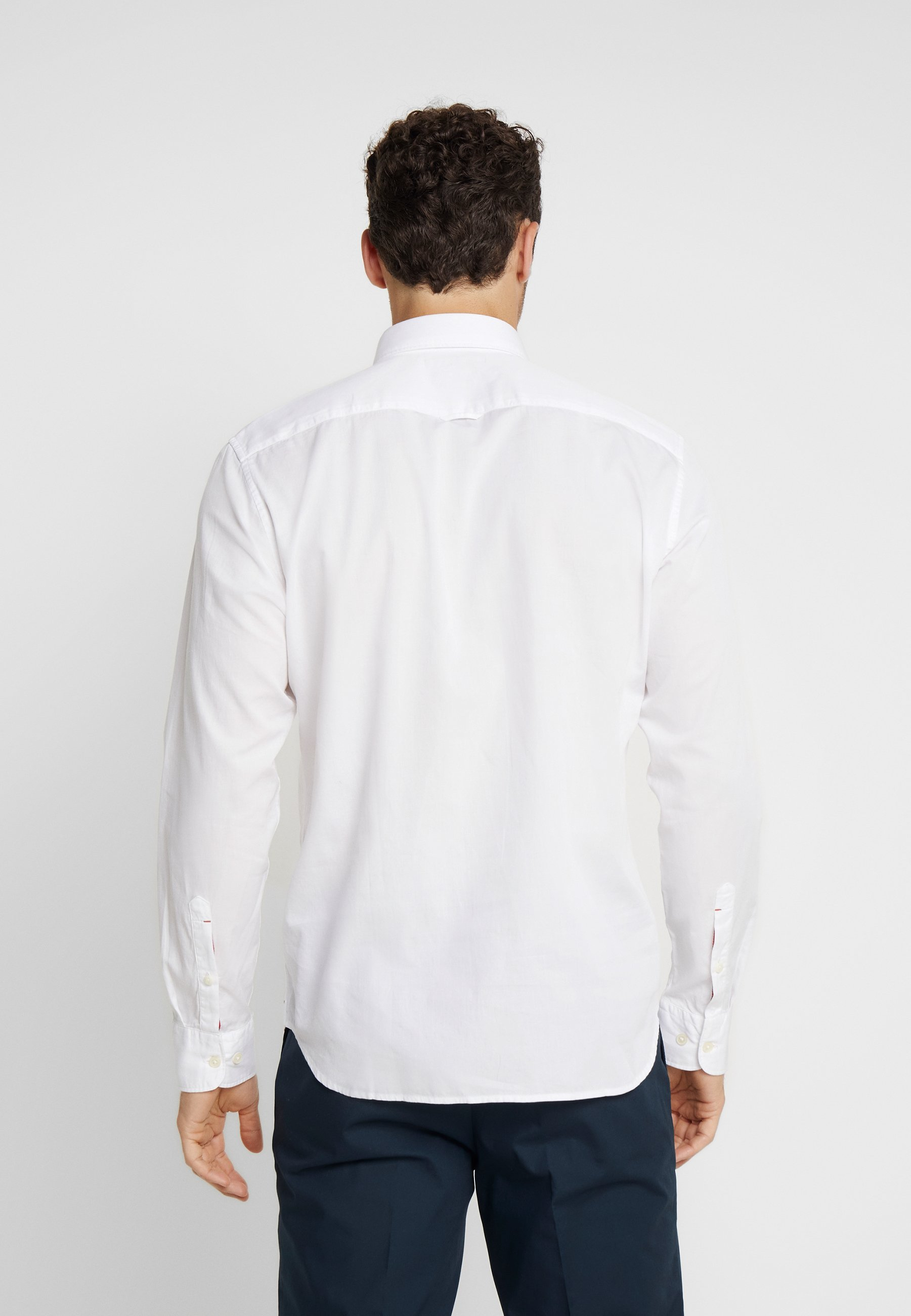 Marc O'Polo FINE BEDFORD GARMENT DYED Skjorte white