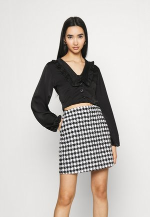 EXAGGERATED COLLAR BUTTON THROUGH BLOUSE - Long sleeved top - black