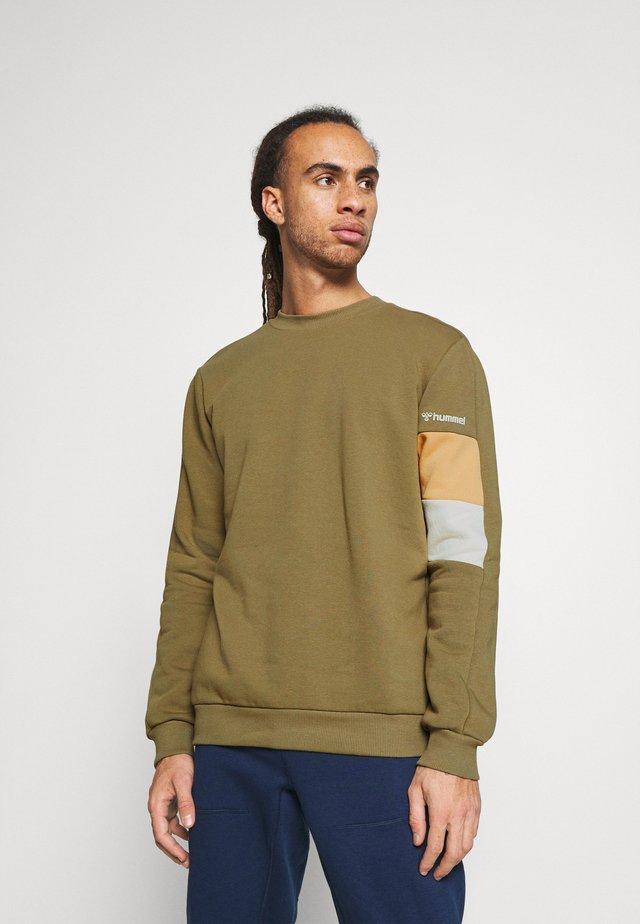 HMLAIDAN - Sweatshirt - burnt olive